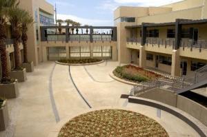 060CVPD courtyard 008