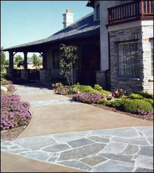 030Residential walkway